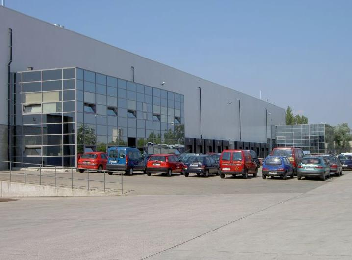 Bokserska Office & Distribution Center